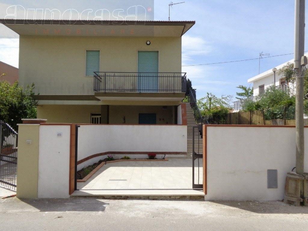 Villa Bifamiliare in Vendita a Modica