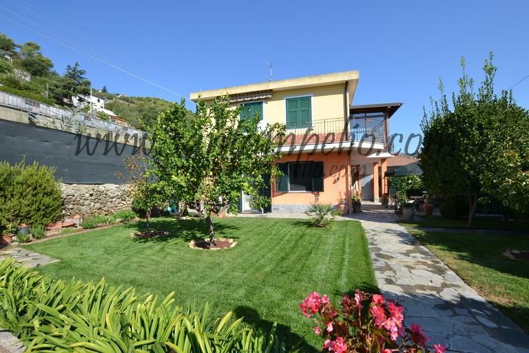 Soluzione Indipendente in vendita a Camporosso, 3 locali, prezzo € 370.000 | CambioCasa.it